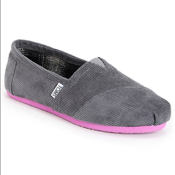7637a4fcfaa NIB Toms Women s Classic Gray Pop Corduroy Flats